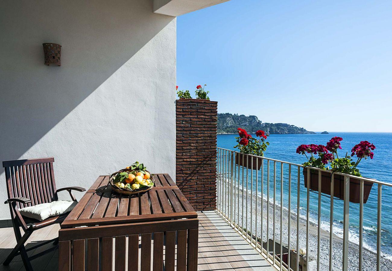 Appartamento a Taormina - Delizioso appartamento al mare - 2 pax