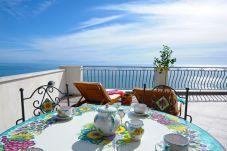 Casa a Praiano - Casa La Ulivella - Ampia terrazza sul mare