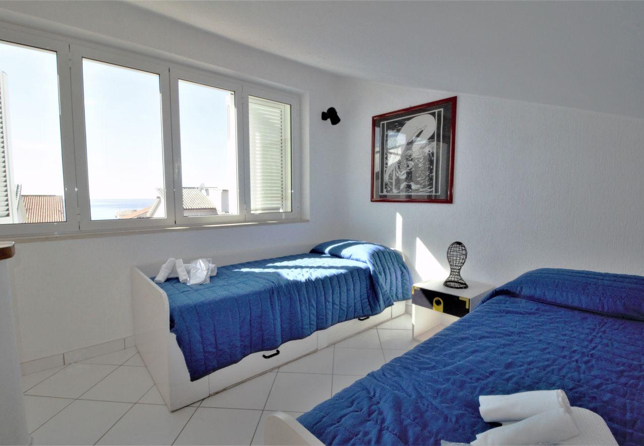 Appartamento a Sperlonga - Grazioso Loft con vista mare