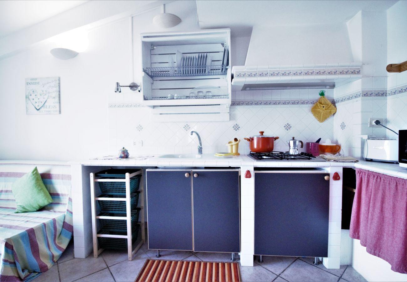 Appartamento a Sperlonga - questa casa caratteristica per 6 persone è ideale per vivere in pieno il mare e le tradizioni del borgo
