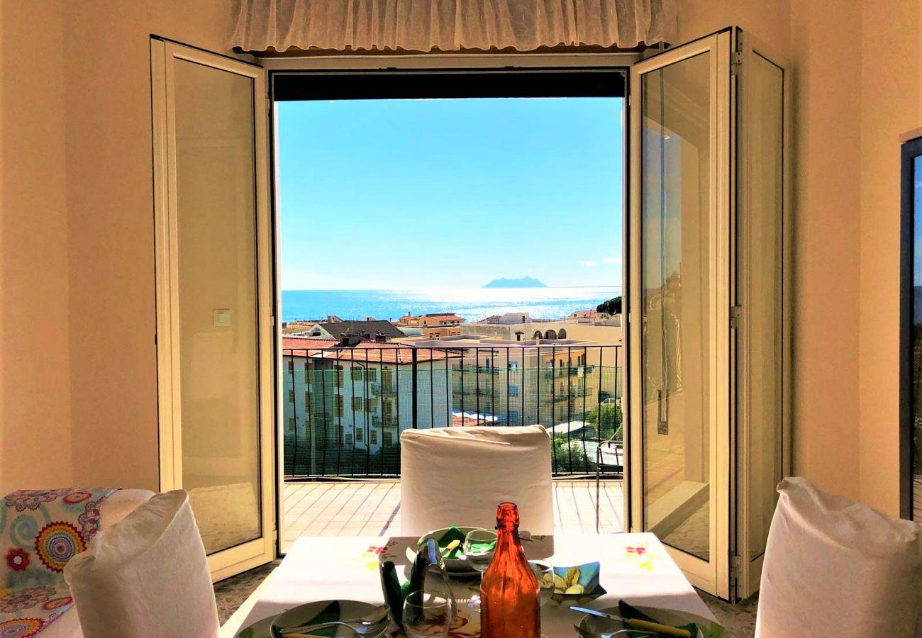 Appartamento a Sperlonga - fantastico per una vacanza con vistal mare