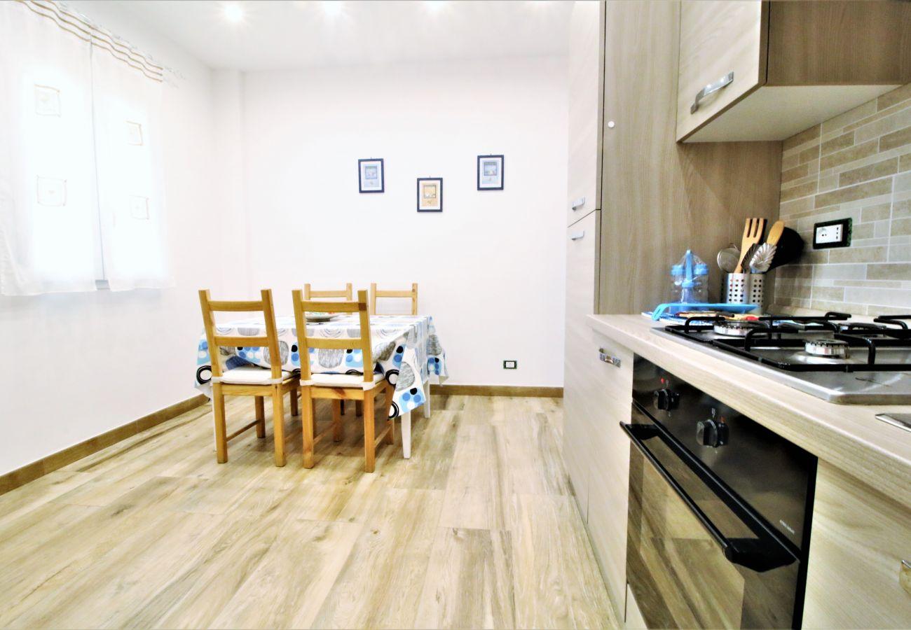 Appartamento a Fondi - grazioso appartamento con giardino