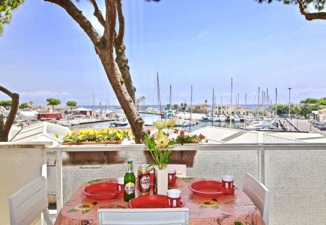 a Terracina - Fantastica casa vista mare a due passi dalla spiaggia