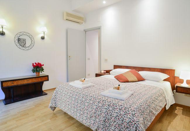 a Roma - Family Mod Apartment Terme di Caracalla  (FAO)